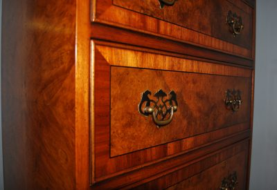 Classic English chest of drawers